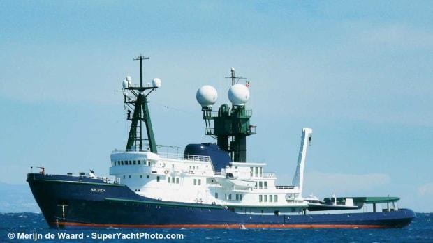 ArcticP-Merijn-de-Waard-SuperYachtPhoto