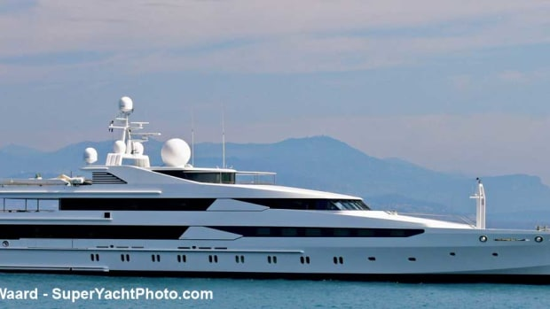 Constellation-Merijn-de-Waard-SuperYachtPhoto