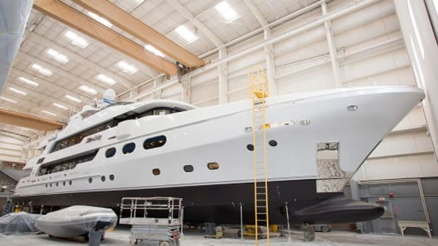 Hull 36 Silver Lining