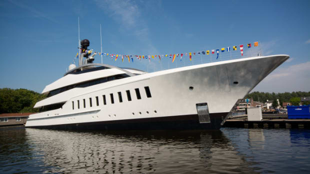 Feadship-Halo-Launch-01