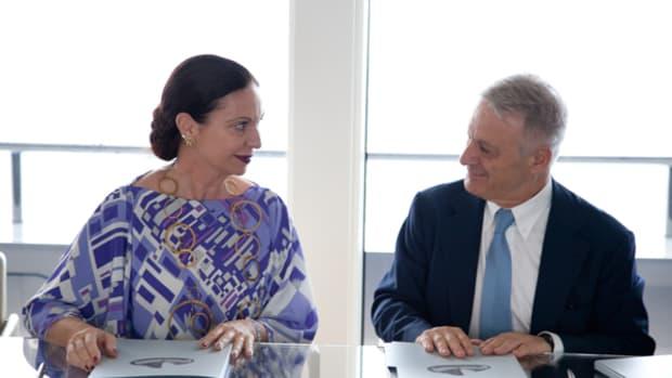 VSY's Director, Cristina Longarini and Italian Envornmental Minister Corrado Clini - Photo Credit Vincent Cros