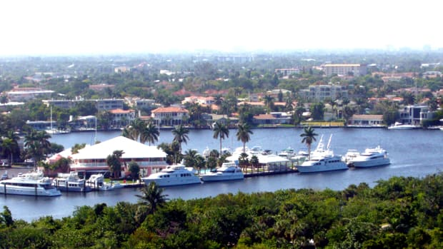 Intracoastal in Ft Lauderdale (c) Jessie Eastland