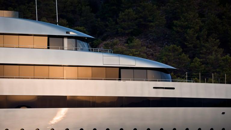 A Paper-free Superyacht Management Solution