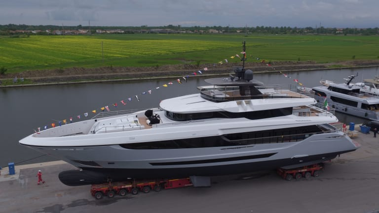 Mangusta Launches Oceano 42 Hull #2