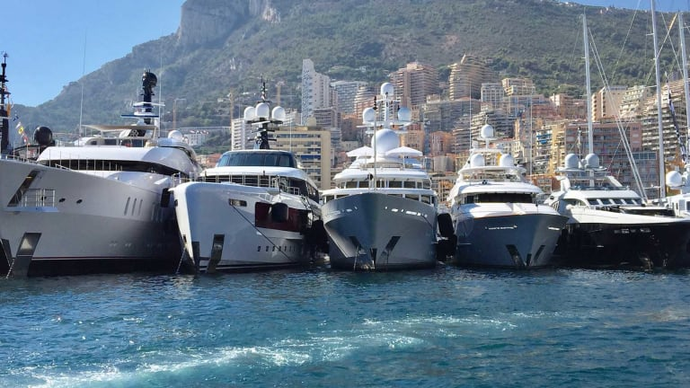 MarineMax Expands into Large-Yacht Space with Acquisition of Fraser Yachts