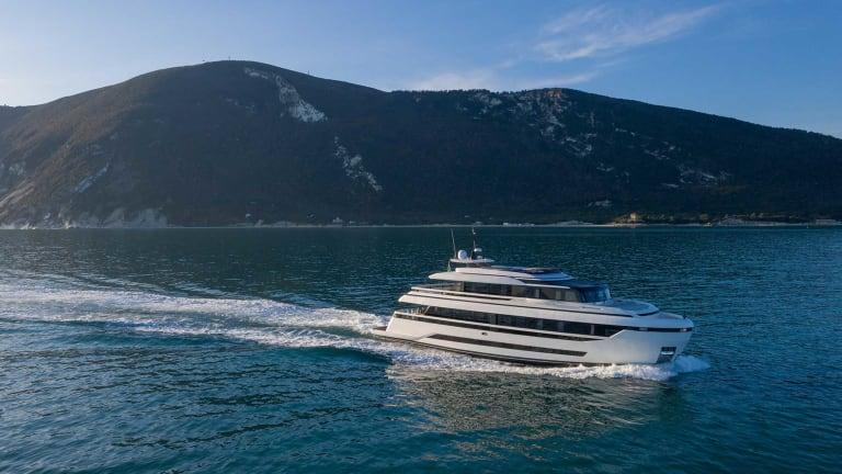 EXTRA 93—three decks of extra comfort