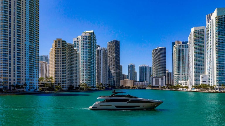 RIVA 90 ARGO makes World Premier in Miami