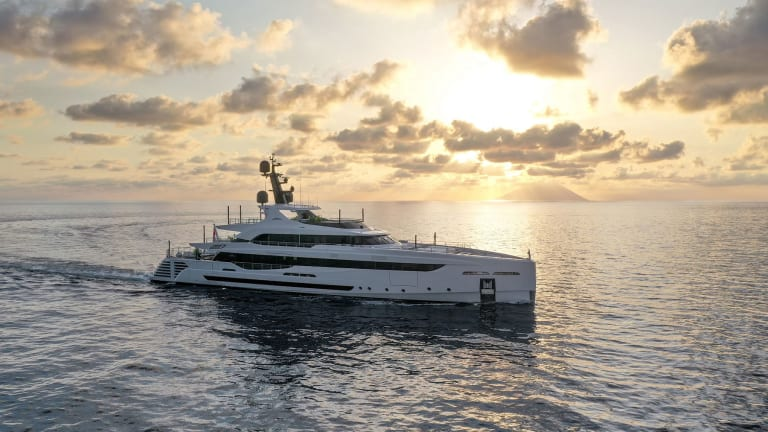 Rossinavi collaborates with Luca Dini Design and Architecture on the 163-foot (49.7-meter)  M/Y LEL.