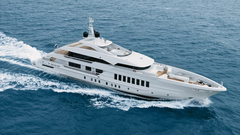 Heesen delivers 180-foot/ 55-meter Moskito with exterior design by Omega Architects and interior design by Bannenberg & Rowell