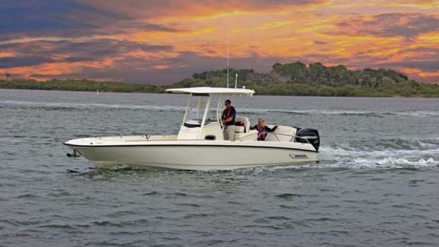 BostonWhaler-270-Dauntless