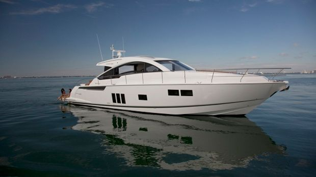 Miami2013_FairlineTarga62GT