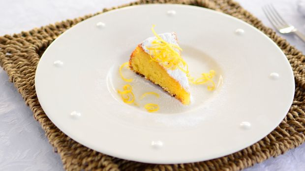 Lemon & Almonds Cake (Jpeg fine)crop