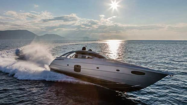 In true Pershing style, the striking 70 looks like a lean, mean machine and handles like a fighter jet.