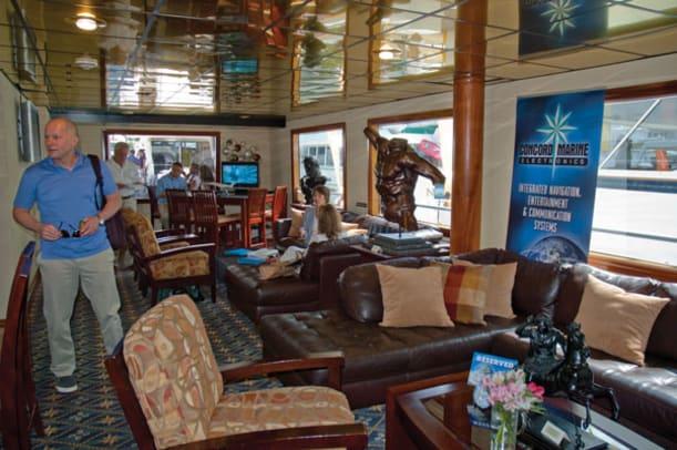 MW_MiamiBoatShow2013-11