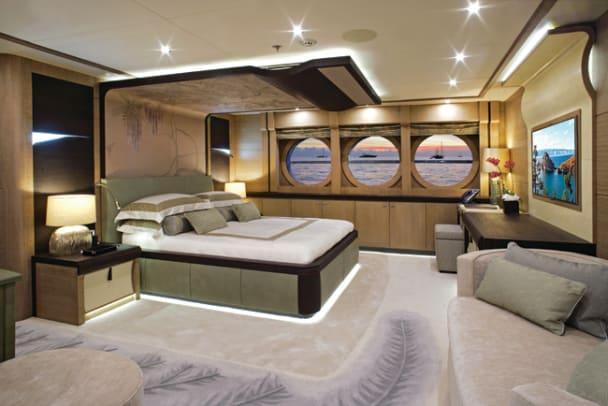 YL3L1025 Lady M VIP Cabin