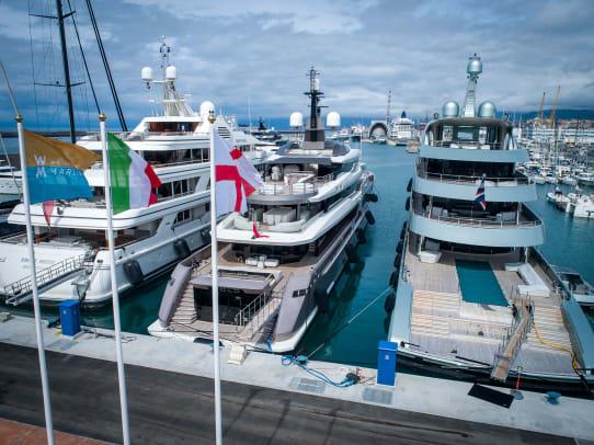 Waterfront-Marina-superyachts