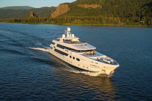 Silver Lining - Yachts International