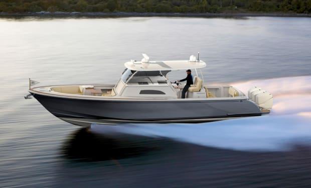 Carbon Fiber: The New Black - Yachts International