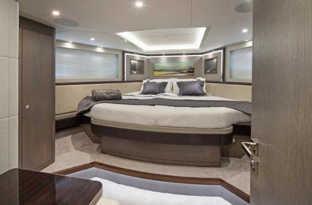 BN110_CTWO_Grey_Falcon_VIP_cabin
