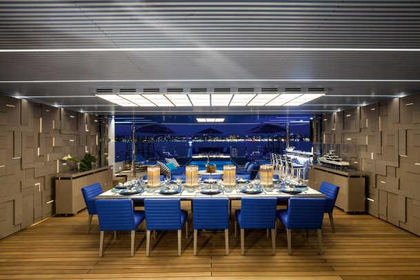 Benetti MY Seasense Main deck Dining area Beach Club (3)_web