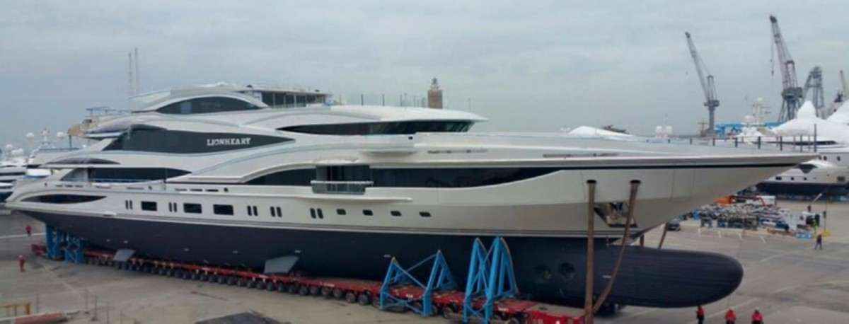 yacht_lionheart
