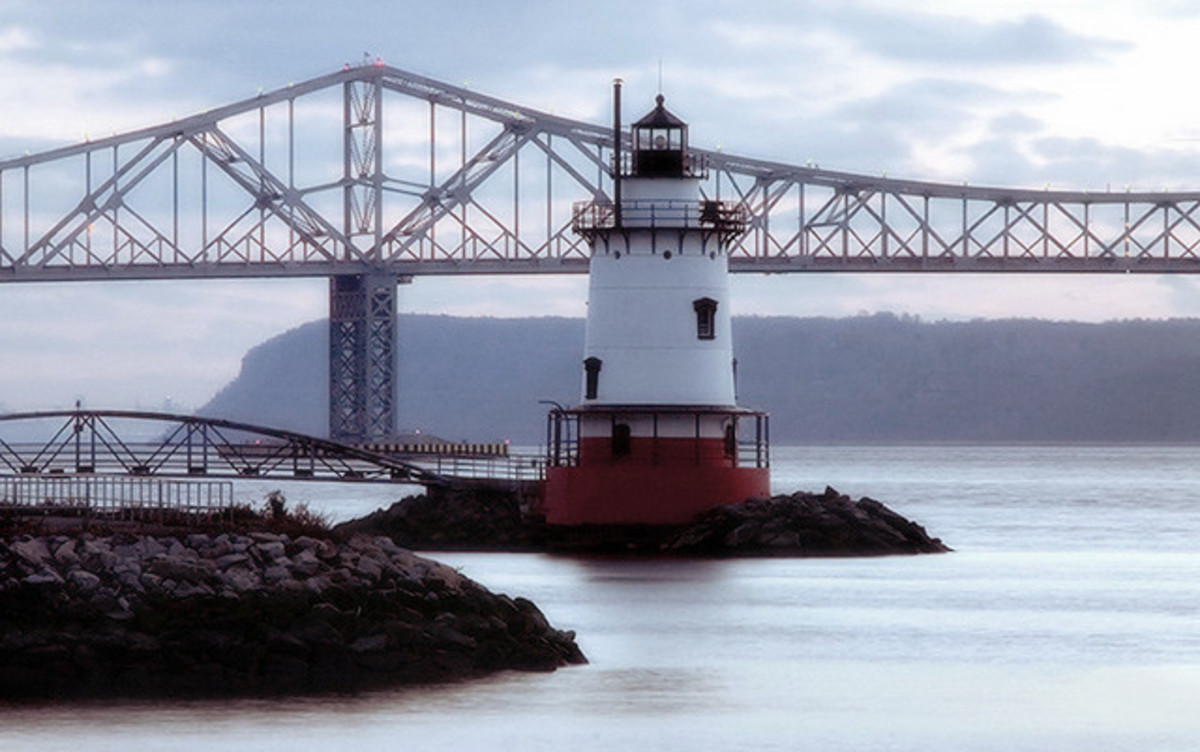 Tarrytown Lighthouse and Tappan Zee Bridge - Credit June Marie