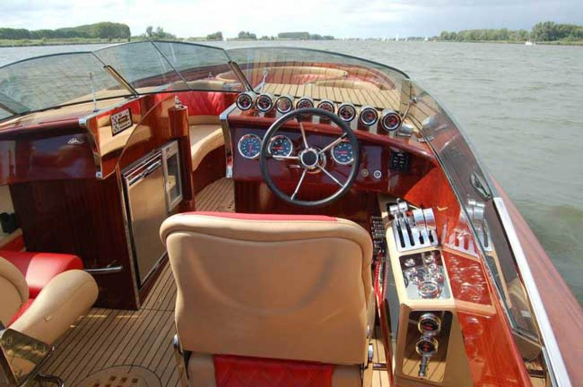 Walth Custom Wooden Runabouts