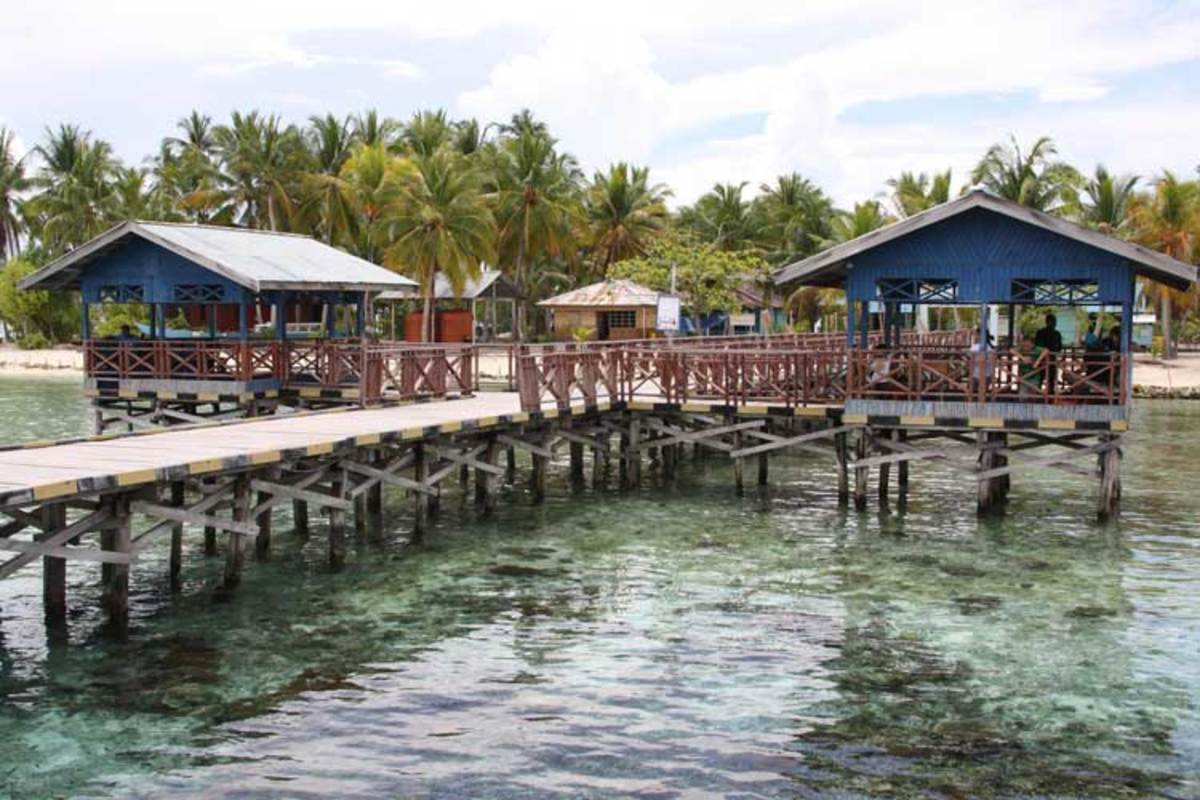 Reefs and snorkeling abound, even at village entrance docks.