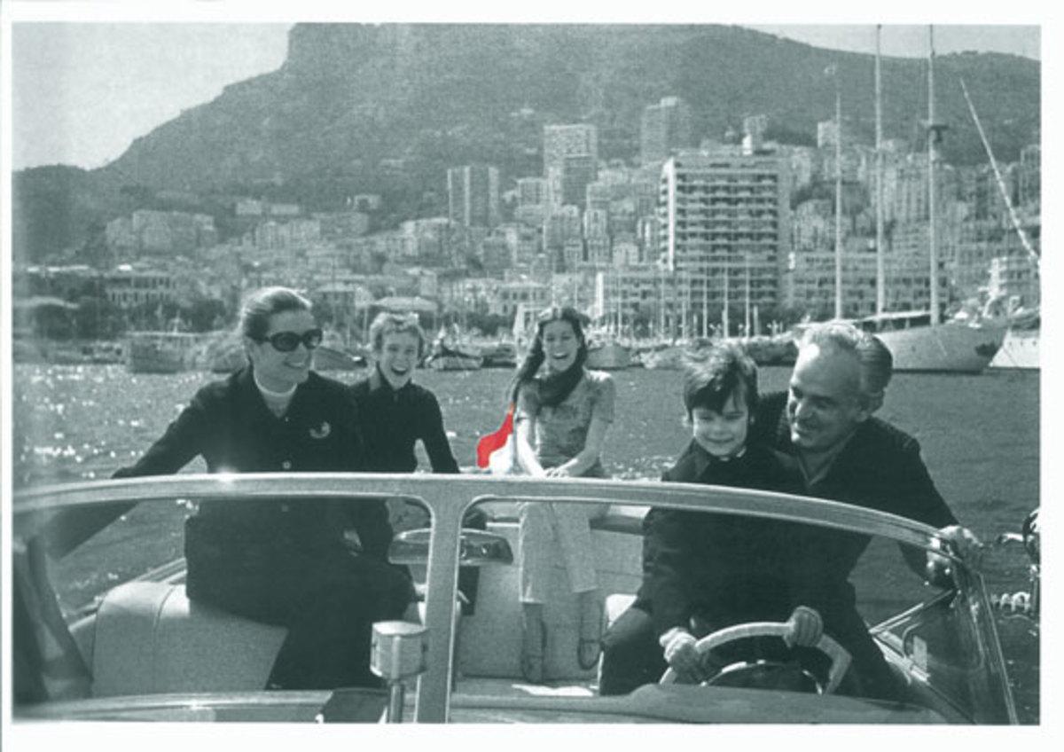 Riva170Anniversary-La-famiglia-Grimaldi-a-bordo-dell'Aquarama