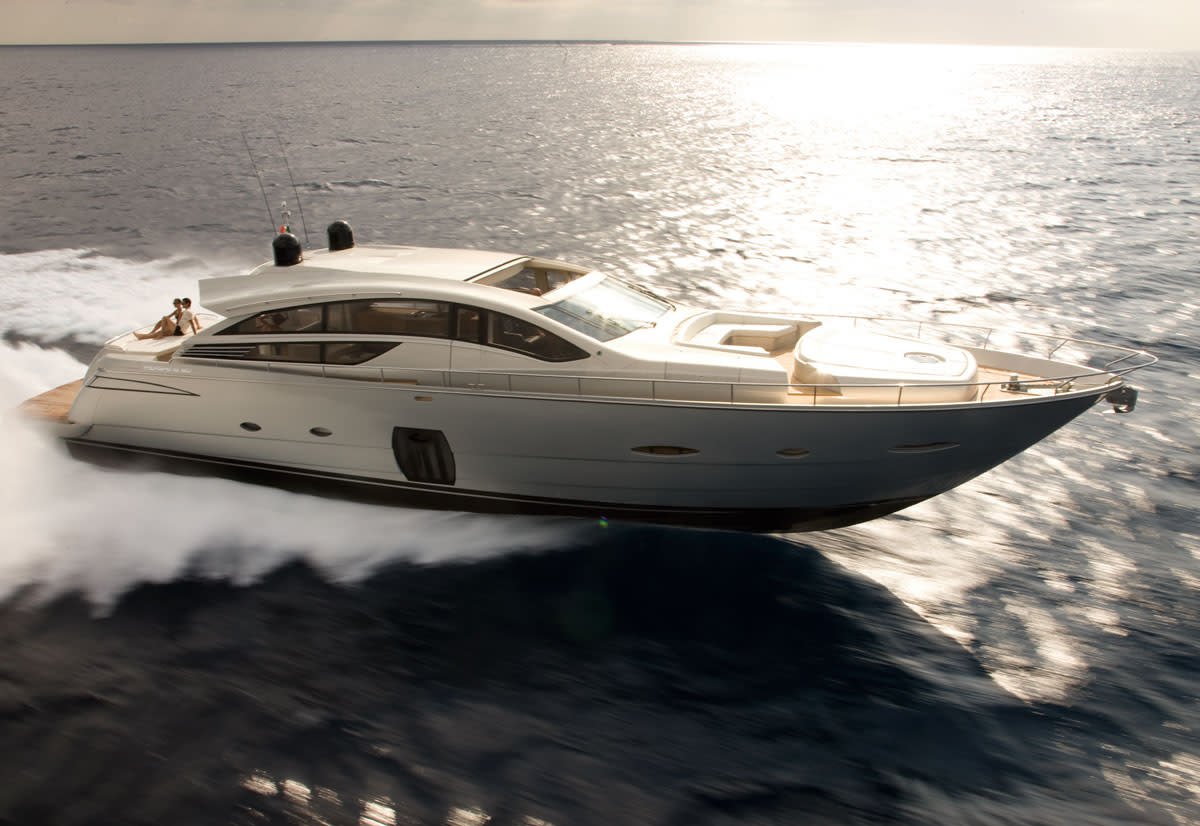 The 80′ (24.5m) yacht from Ferretti Group's Pershing brand made its US debut ...