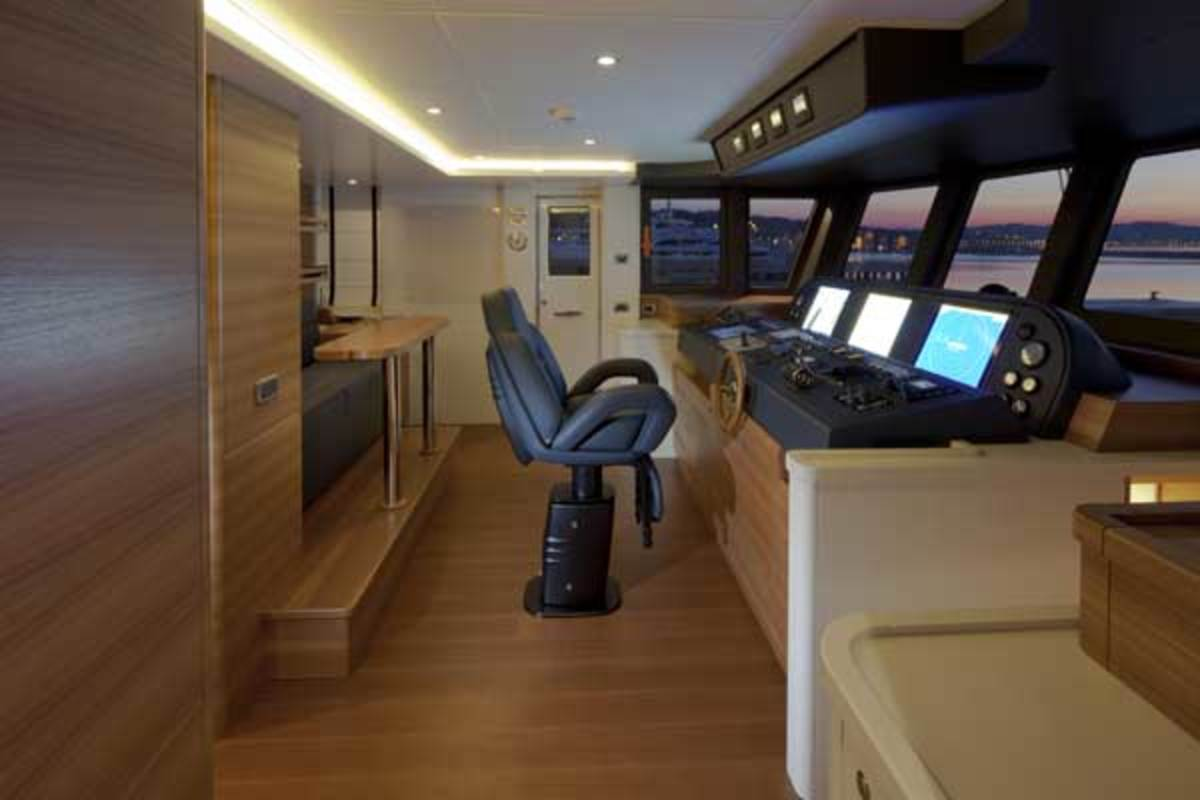 Wheelhouse on board the Darwin 96
