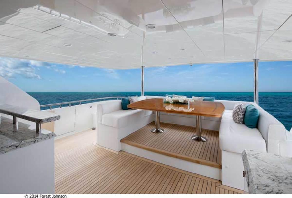 Aft deck on the Ocean Alexander 100 Motoryacht