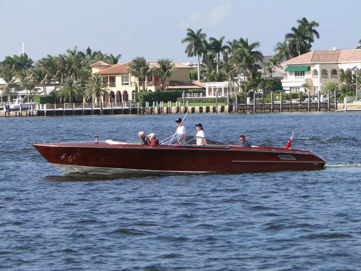 CF Boatworks 331