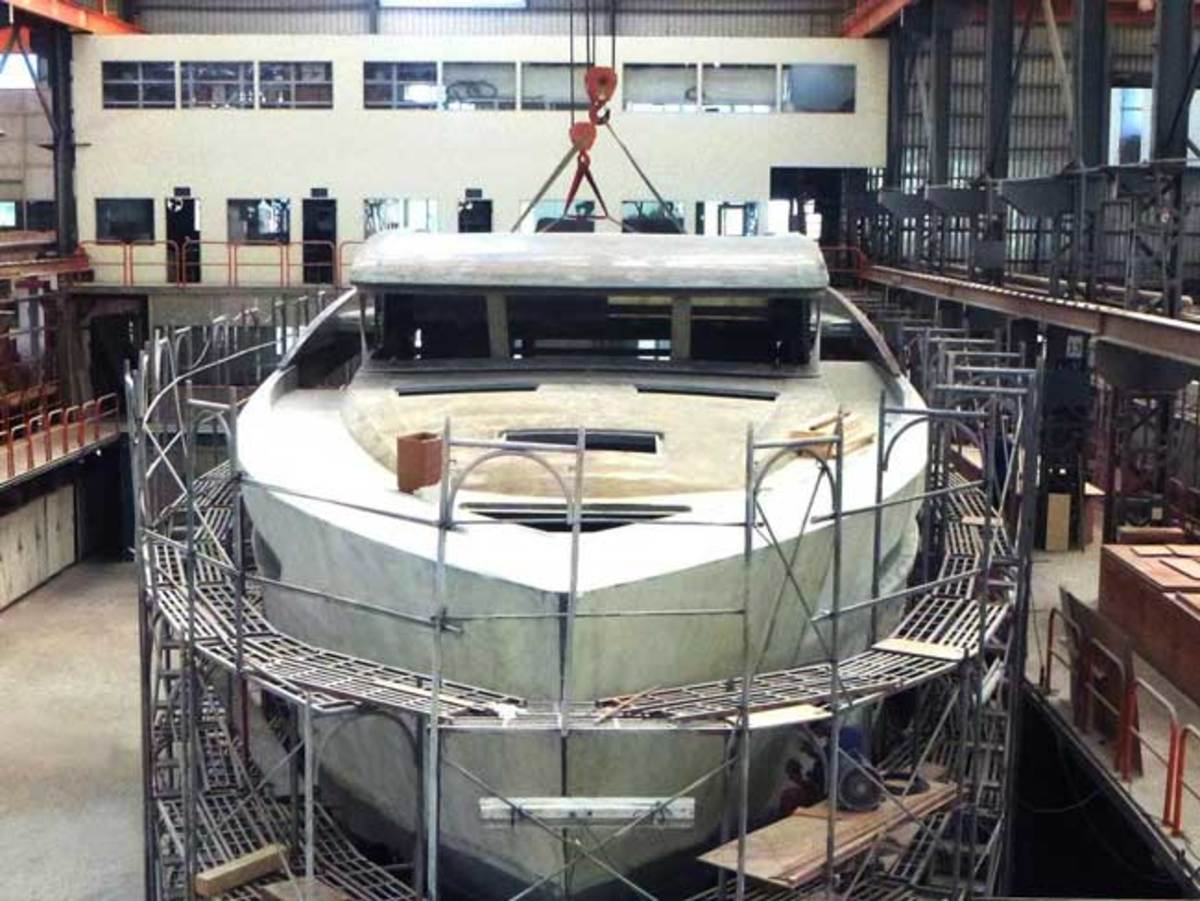 Horizon FD85 Fast Displacement motoryacht construction