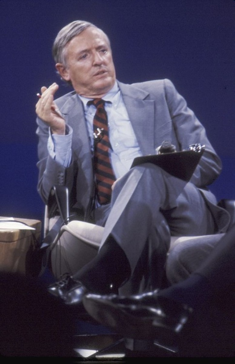TALLAHASSEE, FL - OCTOBER 1983:  Conservative author and television host William F. Buckley, Jr. on the set of 'Firing Line' at WFSU-TV in October 1983 in Tallahassee, Florida. (Photo by Mickey Adair/Getty Images)