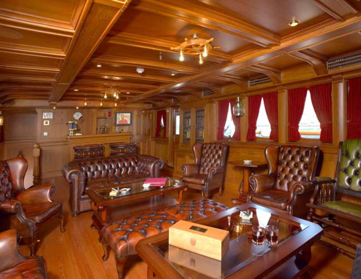 The smoking room on Delphine following a major refit completed in 2003.