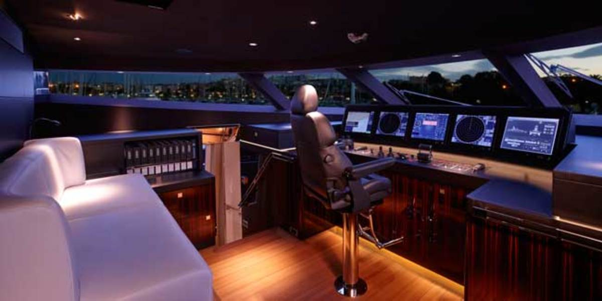 Wheelhouse on Feadship's 152-foot COMO