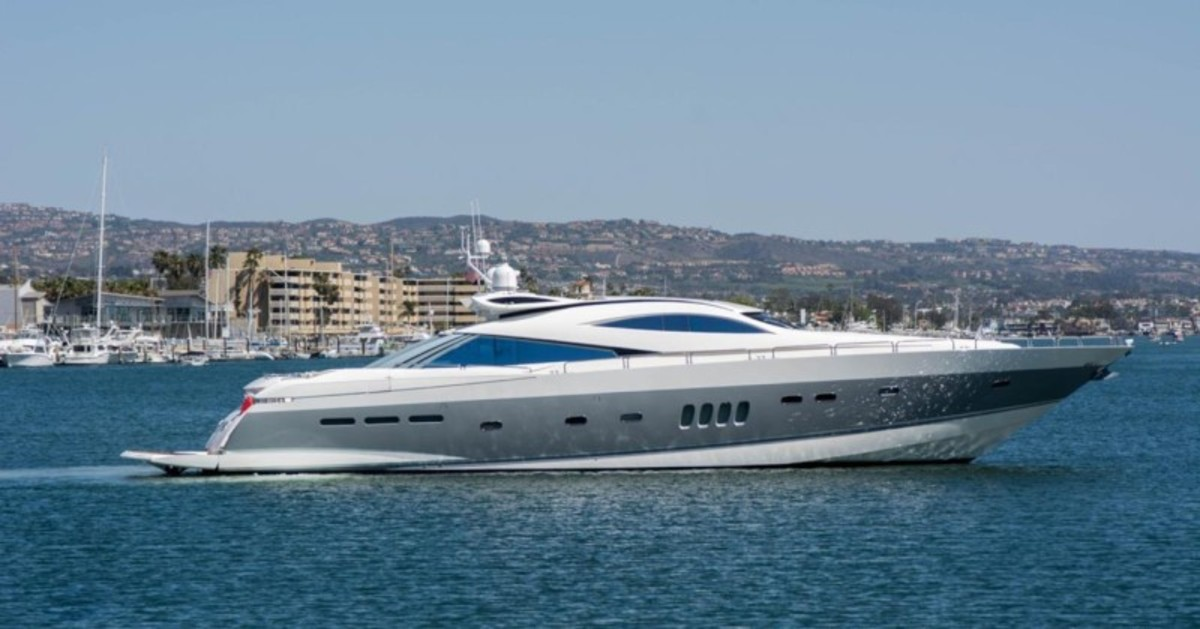 100 Foot Yacht >> Price Reduction On M Y Carnivore Yachts International