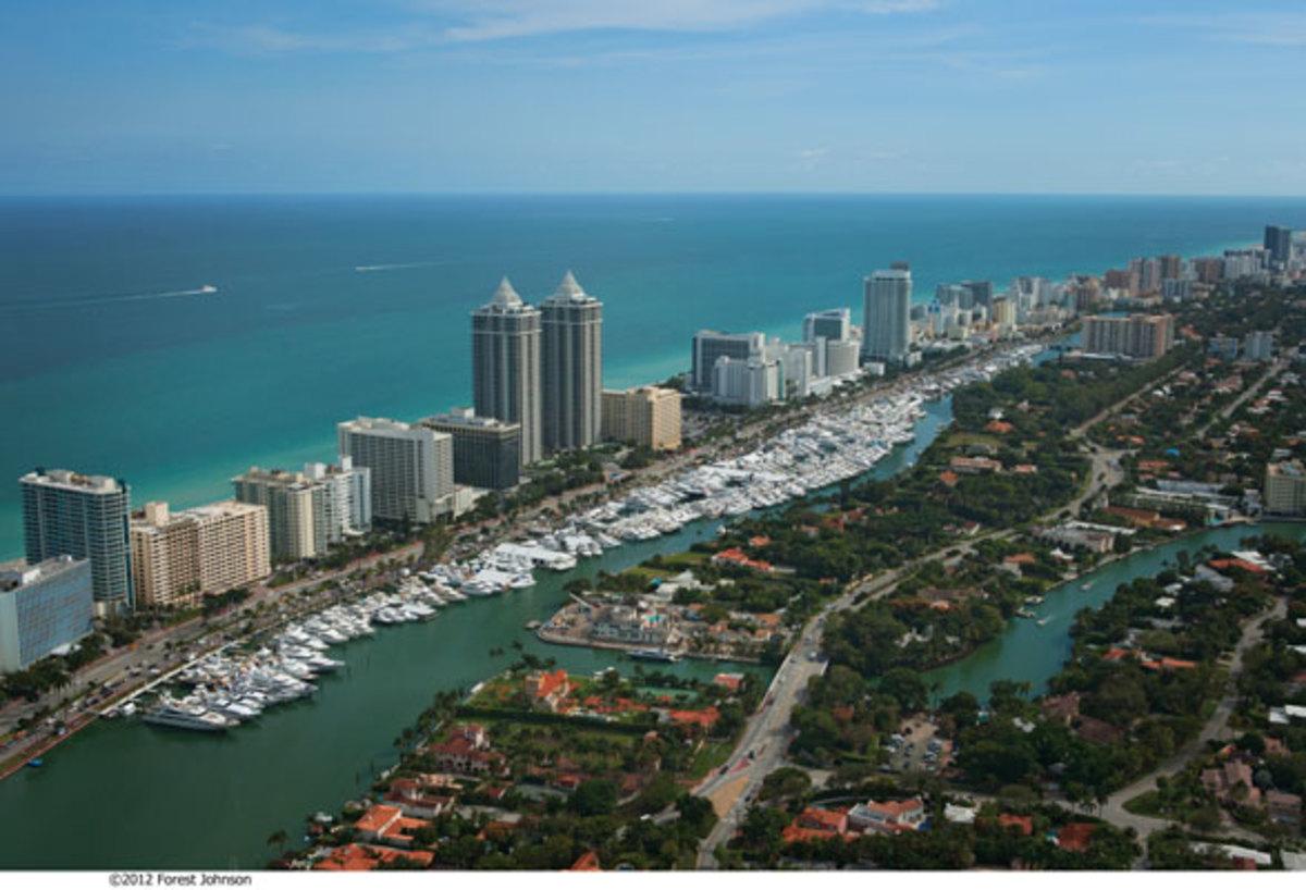 MiamiBoatShow2012