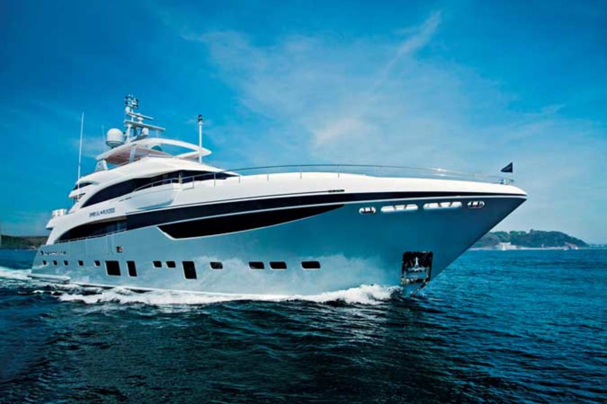 FLIBS2012_Princess40M-ImperialPrincess