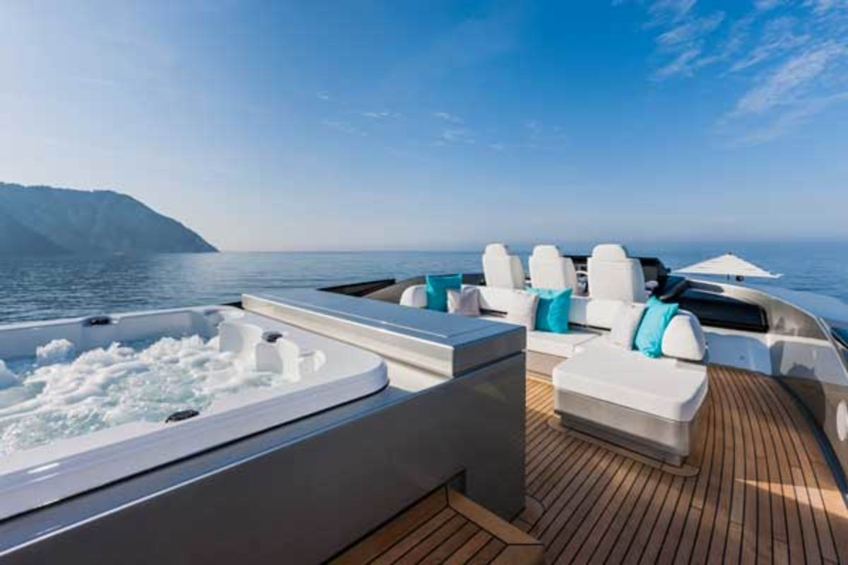 The flybridge boasts a Jacuzzi and a bar/lounge.