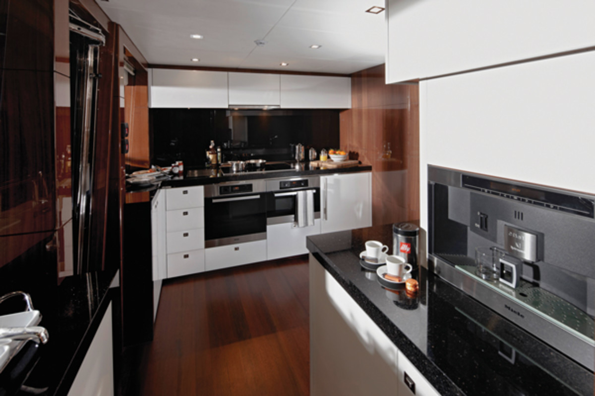 Princess32M-Galley-RT