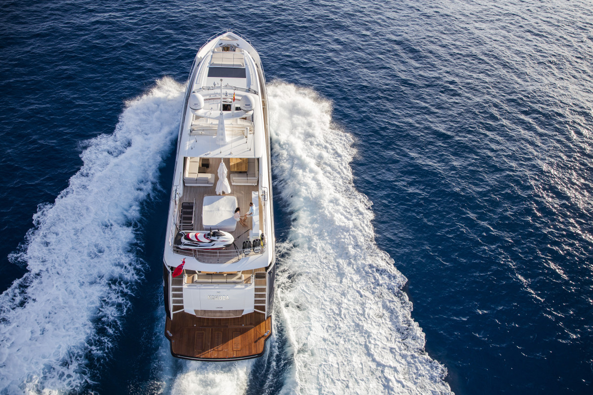 The Princess 30m Delivers The Best Of Both Worlds Yachts International