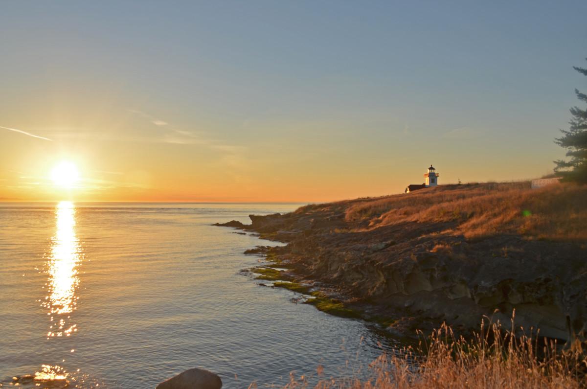 Patos_Sunset,_San_Juan_Islands_(14964176418)
