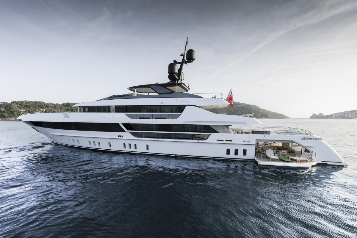 The 52Steel ticks all the right boxes as a family cruiser and commercial charter vessel in a stylish, sub-500-gross-ton package.