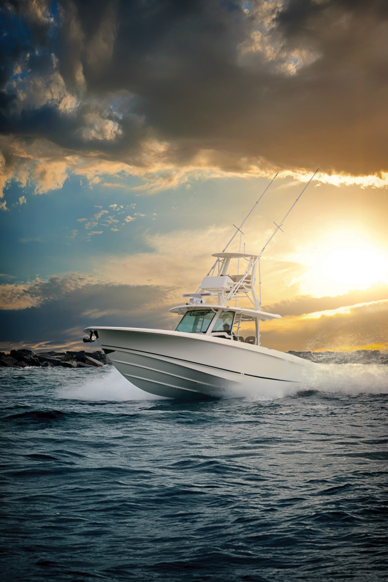 The 380 Outrage has strong fishing DNA coupled with Whaler's admired hull design and construction. The lower helm is heated and air-conditioned.