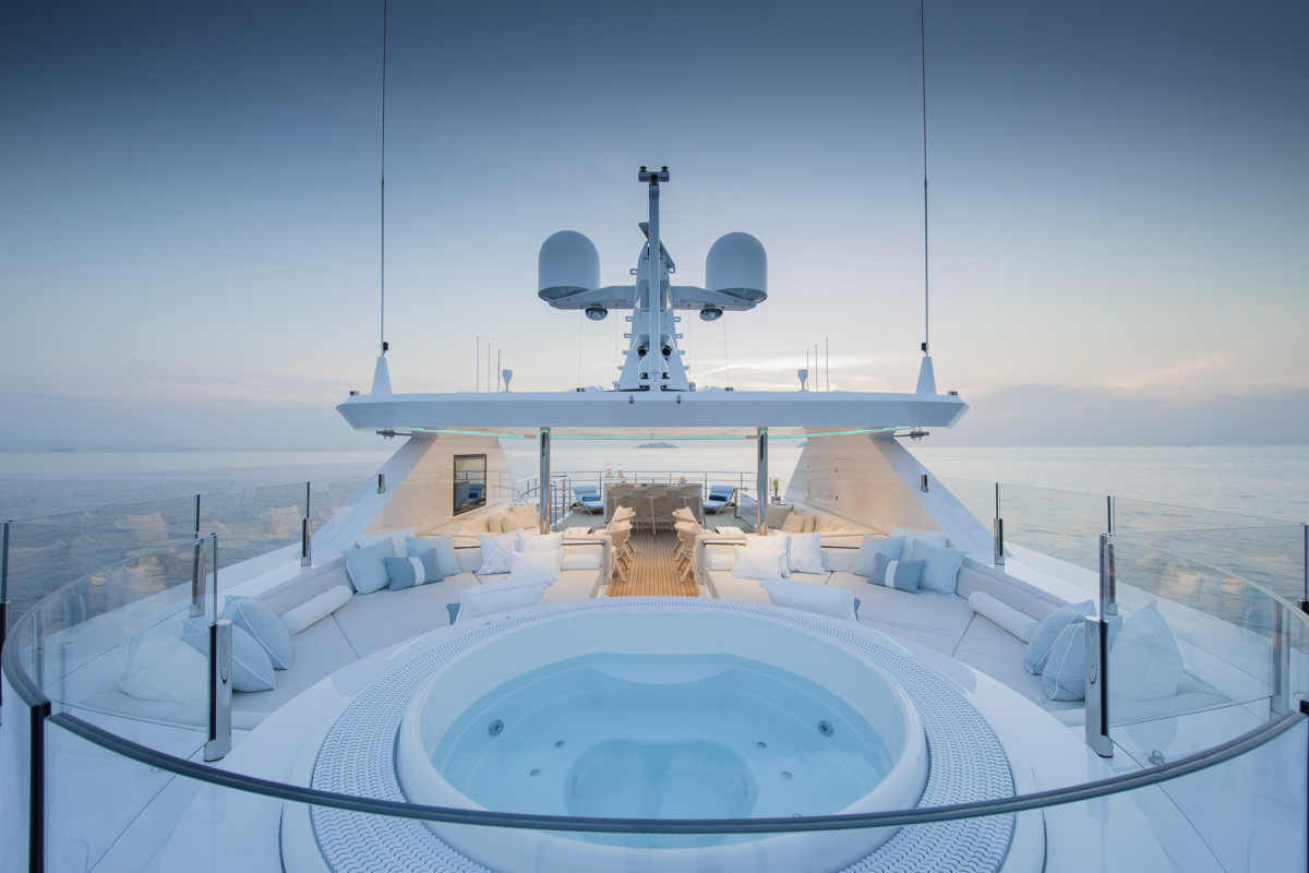 Relaxing in the spa tub on the sundeck is like being on top of the world. (Photo by Guillaume Plisson)