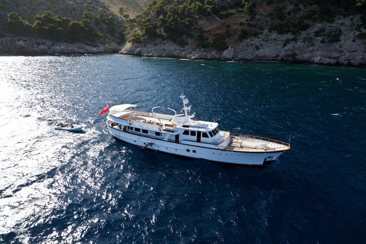 Feadship M/Y Heavenly Daze