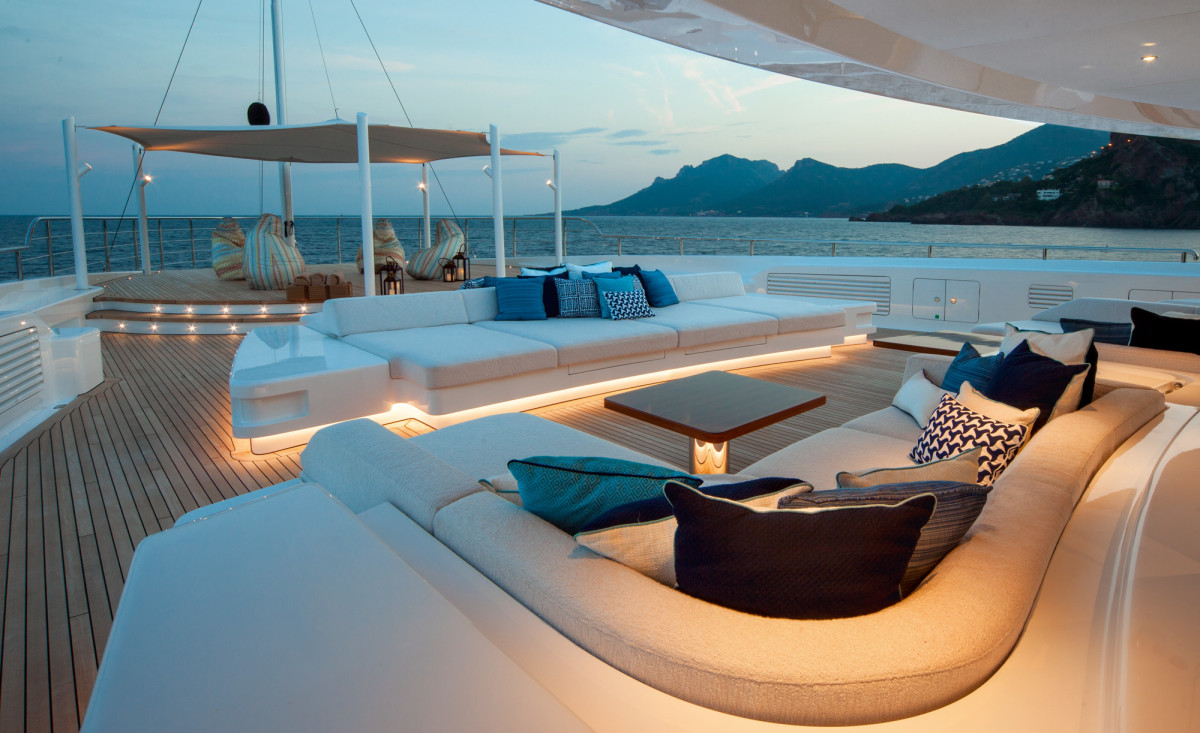 The foredeck, while constructed to be a helipad, is used as an additional space for entertaining.