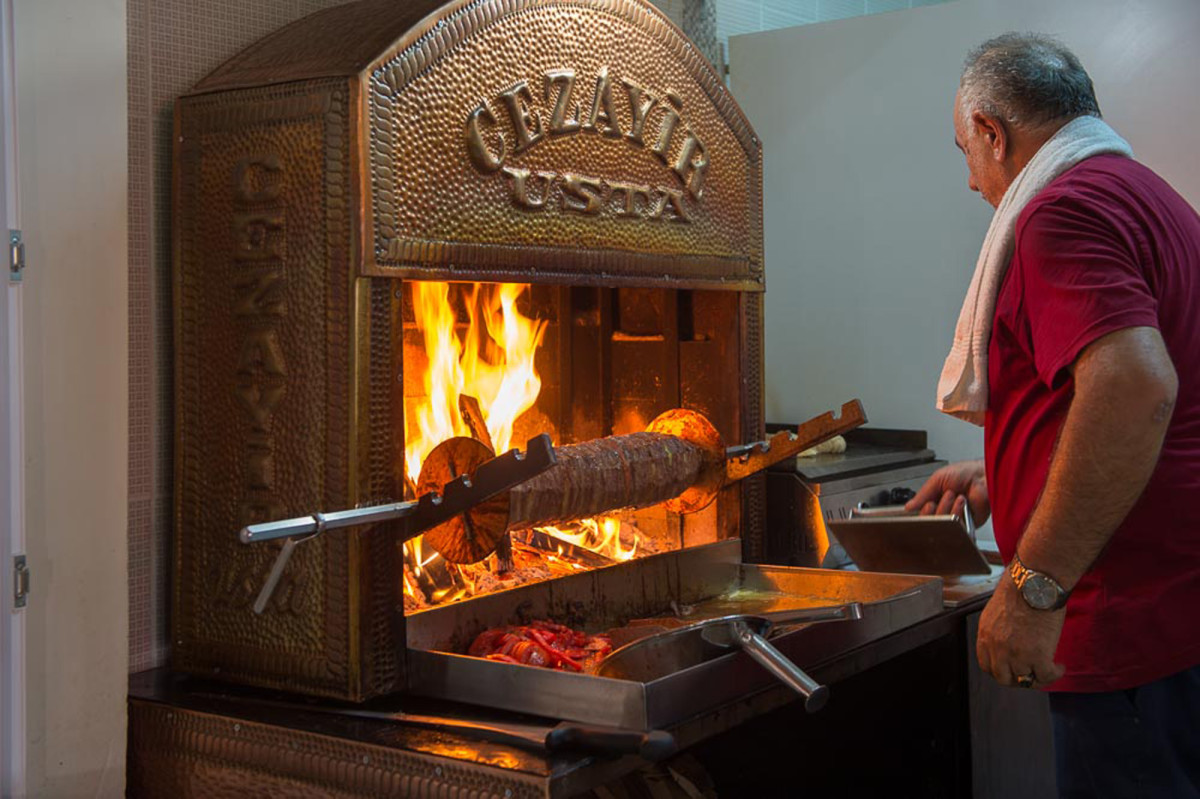 When it comes to eating in Turkey, tradition and flavor are essential ingredients.